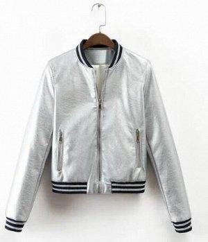 Кожаная куртка серебристая