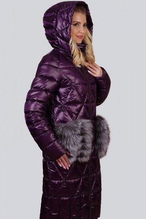 Баклажан Меховая отделка всегда считалась отличием изысканности и роскоши в дизайне стильной одежды. Модным выбором в последнем сезоне остается вариант с пушистым декором на карманах. Эта деталь выпол