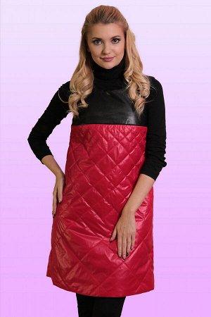Красный Теплые сарафаны зимой 2018 года, как и во всех предыдущих сезонах, принято носить поверх одежды с рукавом – такой комплект необычайно удобен и выглядит стильно. Сарафан свободного силуэта из с