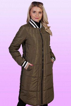 Хаки Женское пальто-бомбер выглядит очень эффектно и способно стать базой для создания очень стильного образа.  Пальто – бомбер идеально вписывается в любой спортивный образ, причем как по дизайну, та