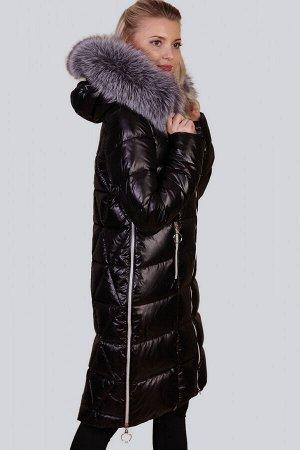 Черный Одним из самых функциональных декоративных элементов, безусловно, является капюшон. Он не только довершает внешний вид зимнего изделия, но и защищает вас от холода и снега. В пальто с капюшоном
