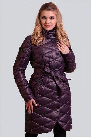 Баклажан Пальто на синтепухе – новый модный фаворит современных женщин.  И, что важно, на всех возрастных категориях пальто на синтепухе смотрится достойно. Синтепух (синтетический пух) – это самый лу