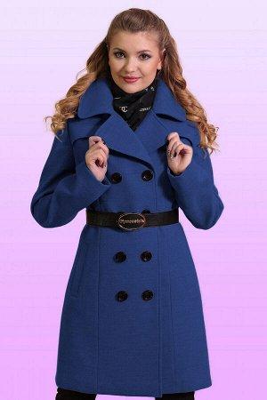 Синий Для непревзойденно изысканного образа: двубортное драповое пальто. Классическая модель с отложным воротником приталенного силуэта. Воротник можно поднять для большей защиты от ветра и холода. Те