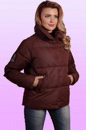 Коричневый Короткая куртка, представленная в новых коллекциях, станет отличным дополнением, а в некоторых случаях и изюминкой, образа.   Если вы хотите разбавить серые будни, выбирайте куртку более жи