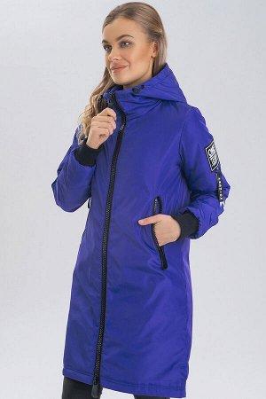 Ярко-синий Парка – одна из самых любимых курток современных модниц.  Самыми актуальными считаются утепленные парки. Благодаря удобной длине, парка не стесняет движений, поэтому отлично подходит для по