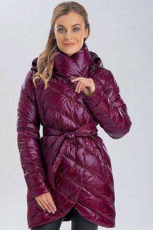 Вишневый Демисезонным можно назвать такое пальто, в котором будут не страшны первые осенние холода или же, напротив, весеннее обманчивое потепление. Такой вид одежды универсален тем, что дает возможно