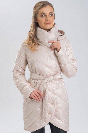 Жемчужный Демисезонным можно назвать такое пальто, в котором будут не страшны первые осенние холода или же, напротив, весеннее обманчивое потепление. Такой вид одежды универсален тем, что дает возможн