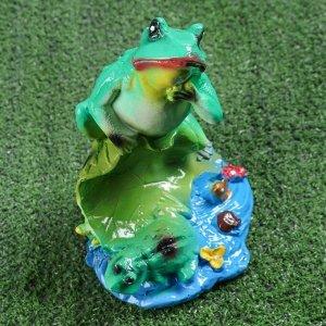 """Садовая фигура """"Лягушка на лилии"""", зелёный цвет, 22 см"""