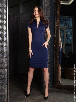 Платье Классическое платье футляр с кармашками - незаменимая часть гардероба. Этот полюбившийся вам силуэт мы решили повторить в этом сезоне. Любой повод выйти из дома - оденьте это платье и оно сдела