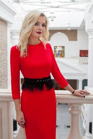 Платье Платье Azzara 617 красный  Состав ткани: Вискоза-18%; ПЭ-79%; Спандекс-3%;  Рост: 170 см.  Платье женское полуприлегающего силуэта, зауженное книзу, вырез горловины полукруглый, рукав втачной