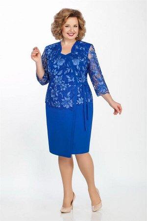 Платье Платье LaKona 1243 василек  Состав ткани: ПЭ-95%; Спандекс-5%;  Рост: 164 см.  Нарядное платье, внешним видом напоминающее блузку с юбкой. Впереди - фигурный вырез горловины, подчеркнутый прит