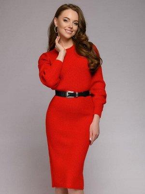 Платье красное вязаное длины миди с длинными рукавами и поясом