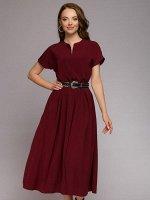 Платье бордовое длины миди с короткими рукавами и широким поясом