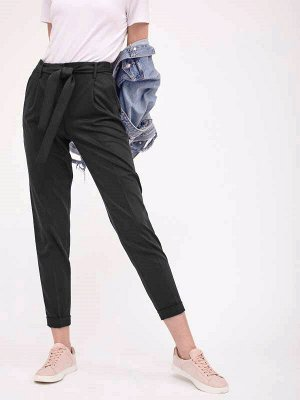 Женские брюки с красивым пояском