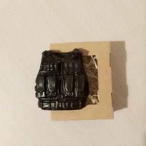 Бронежилет Вес 95+-5гр. Упаковано в коробку!