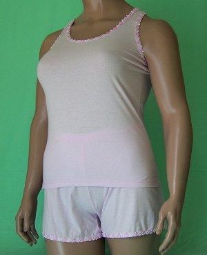 Комплекты Комплект майка с узкой бретелькой с отделкой розовые цветочки и шорты с такой же отделкой. Хлопок 100%. Цвет комплекта белый, ментоловый, розовый. В комментарии указывайте цвет, который нуже
