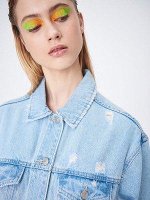 Джинсовая куртка с эффектом потертости
