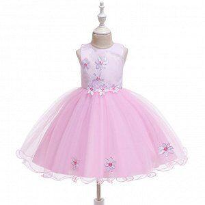 Платье Пышное платье. Таблица размеров в дополнительном фото. Прежняя цена 800