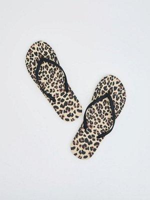 Вьетнамки с леопардовым принтом