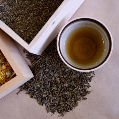 Лазовский вкусный мёд для Вас. Чай Да Травы для Ваших родных — Чистый чай 100г — Чай