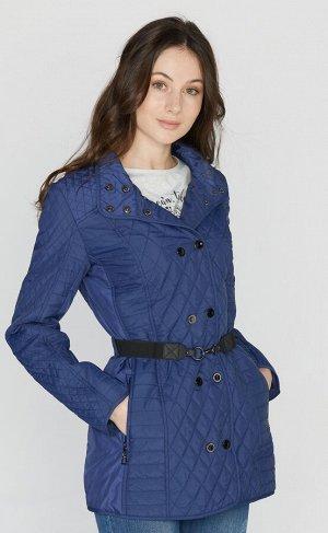 Куртка Новинка от Fine Joyce - стеганая демисезонная куртка, дополненная поясом. Универсальная модель слегка приталенной формы застегивается при помощи кнопок, снабжена небольшим воротником-стойкой и