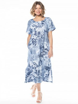 Платье Длинное платье с рисунком «джинсовые цветы», из трикотажного   полотна.   Свободный трапецевидный силуэт. Широкий округлый вырез, цельнокроенные рукава с манжетами. Разрезы по бокам платья. При