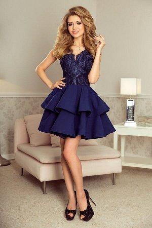 Платье NUMOCO 200-2  Эксклюзивное платье для особых случаев. Кружевное декольте и двойная расклешенная юбка создают женственный,