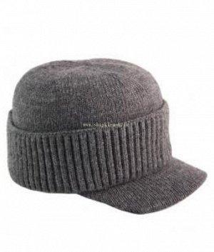 Серж Кепка Скидка по акции: 5; Тип изделия: Кепка; Размер: 56-58; Отворот: шапка с отворотом; Состав: 80% шерсть 20% акрил; Подклад: двойной