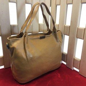 Стильная женская сумочка Everlone_Stone из натуральной кожи песочного цвета.
