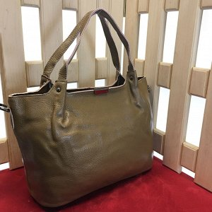 Стильная женская сумочка Everlone_Stone из натуральной кожи цвета хаки.