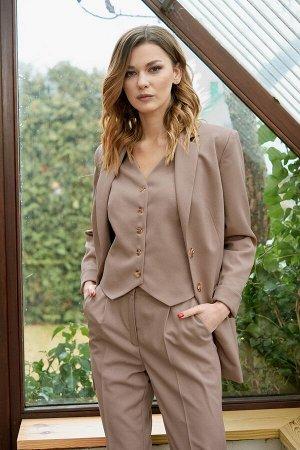 Костюм Костюм Фантазия Мод 3743 капучино  Рост: 164 см.  Многофункциональный женский комплект в деловом стиле: жакет, брюки и жилет. Практичность, строгость, простота и элегантность в сочетании с уто