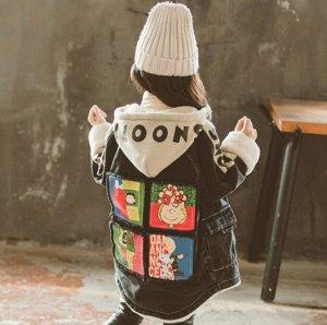 Парки Джинсовая  парка прекрасно впишется в  гардероб вашего ребёнка. Эта современная  вещь будет уместна в сочетании с любым стилем одежды.