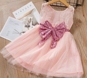 Платье Платье нарядное с блестящим бантом