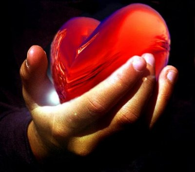 Именные столовые приборы с гравировкой — Подарочная коробочка ❤ Сердце красное * С любовью! — Подарочная упаковка