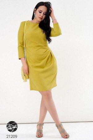 Платье с дизайном на запах