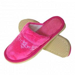 Модель маломерит, смотрите описание. Размер 38-39. ??Удобные женские тапочки White_Flowers с вышивкой ярко-розового цвета.