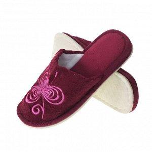 Модель маломерит, смотрите описание. Размер 36-37. ??Стильные  женские тапочки Needlework с вышивкой винного цвета.