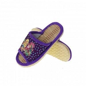 Модель маломерит, смотрите описание. Размер 30-31. ??Удобные детские тапочки Childhood с ярким принтом аметистового цвета.