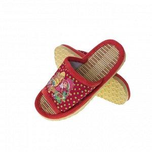 Модель маломерит, смотрите описание. Размер 30-31. ??Удобные детские тапочки Childhood с ярким принтом красно-клубничного цвета.
