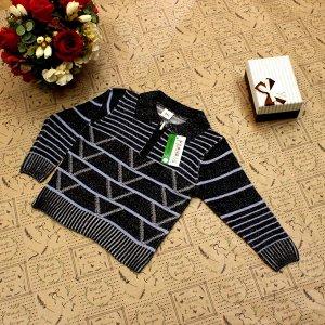 Рост 110-118. Стильная детская кофта Falcon черного цвета с белыми переходами.