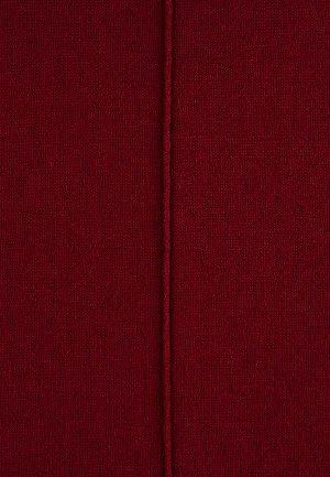Джемпер, цвет бордовый