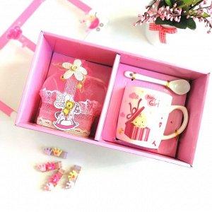 Подарочный набор из кружки, ложки и корзинки для девочки, из фарфора