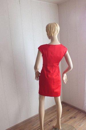 Платье Цвет красный ОГ 86см,  длина 86см