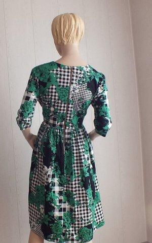 Платье 42: ОГ 88см, длина 103см,  44: ОГ 96см, длина 103см