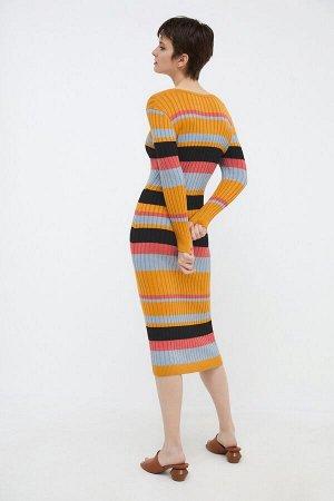 Платье жен. Tefia набивка