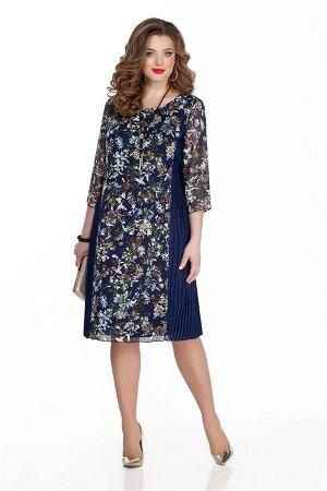Платье Платье TEZA 324 синий /цветы  Состав ткани: Вискоза-20%; ПЭ-80%;  Рост: 164 см.  Платье прямого силуэта с втачным рукавом. Выполнено из шифона с принтом, по бокам вставки из однотонной плиссир