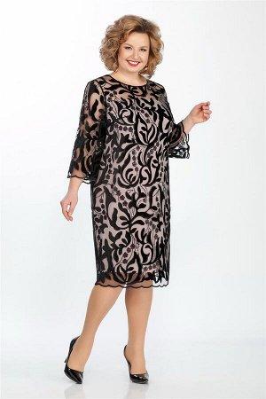 Платье Платье LaKona 969 чёрный бархат  Состав ткани: Вискоза-20%; ПЭ-80%;  Рост: 164 см.  Нарядное платье средней длины полуприлегающего силуэта, выполнено из бархатного кружева с каймой. Чехол-осно