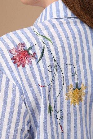 Рубашка Рубашка Linia-L Б-1574  Состав: ПЭ-48%; Хлопок-52%; Сезон: Весна-Лето Рост: 164  Текстильная повседневная блузка прямого силуэта среднего объёма. Перед с горизонтальными нагрудными вытачками,