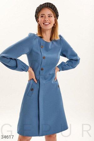 Платье нежно-голубого цвета