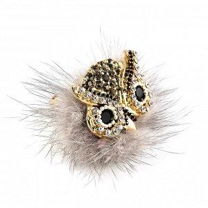 60029700 Незамкнутое кольцо Street Fashion с мехом норки и кристаллами Preciosa. - Бижутерия Selena